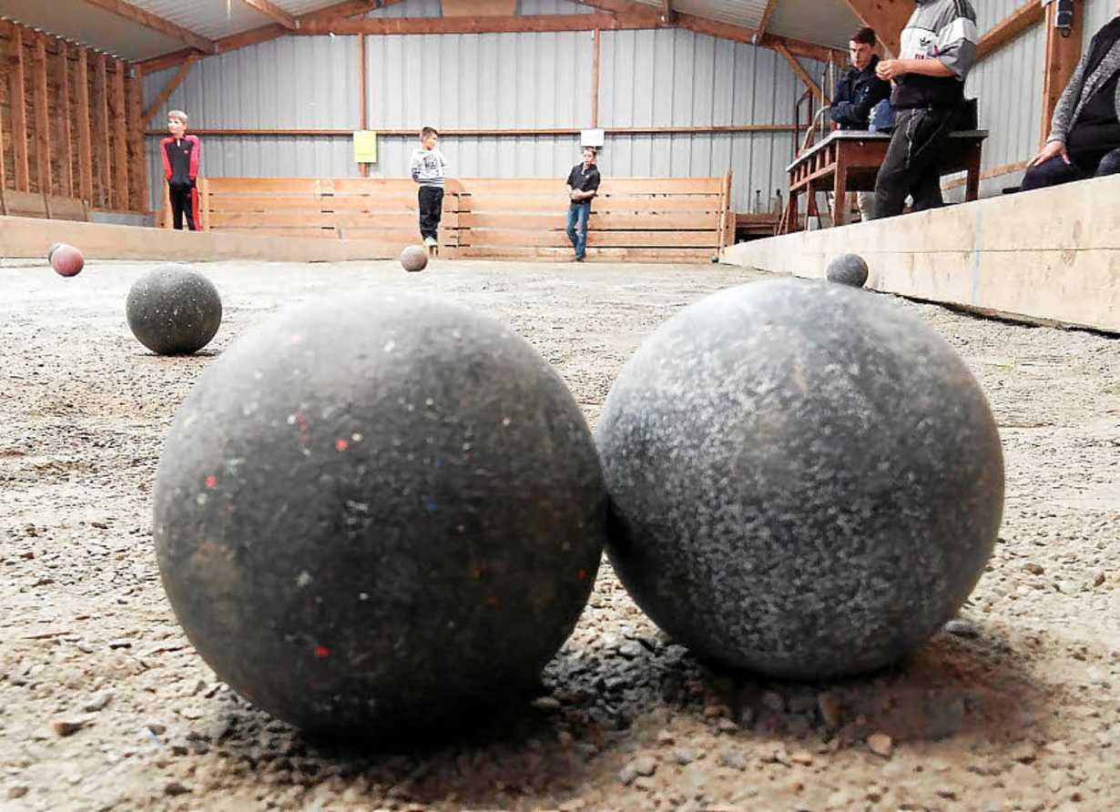 concours de boules par les anciens pompiers